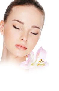 8 روش طلایی برای کاهش پف و کبودی دور چشم