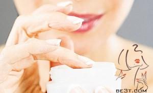 کرم های معطر باعث خشکی پوست میشود