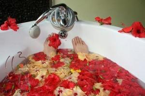 آماده کردن حمام گل در خانه
