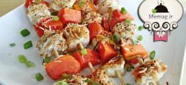 طرز تهیه جوجه کباب با سالاد گوجهفرنگی
