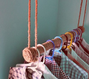 Rope-wrapped-clothing-rack