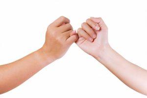 promise-linking-finger
