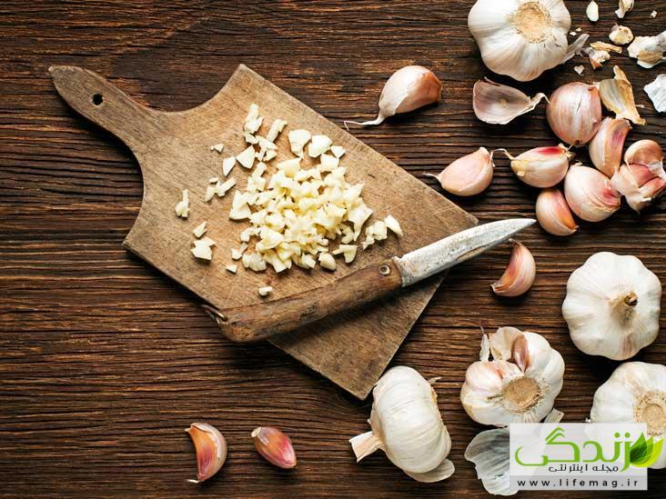 جوش کورک چیست؟ | 13 درمان خانگی و گیاهی سریع برای رفع کورک پوستی